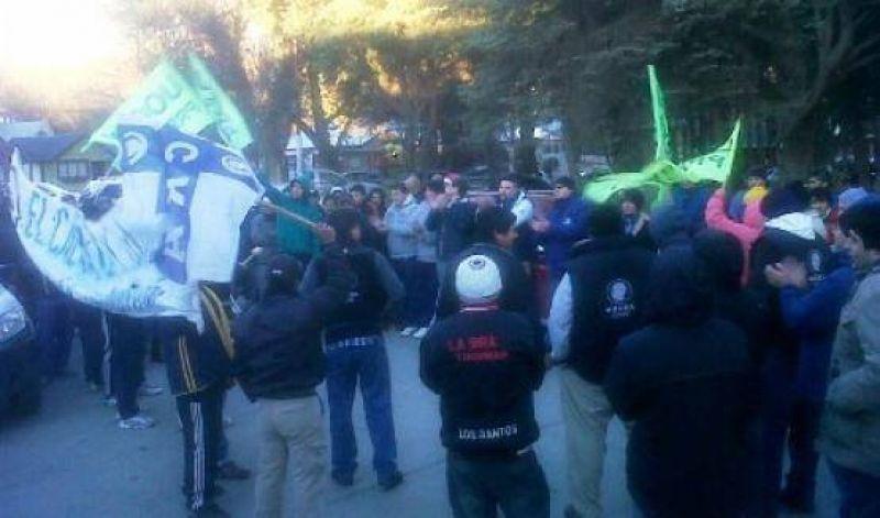 Protesta de la UOCRA en El Calafate