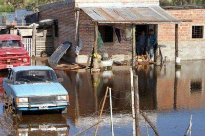 """Si se ratifica la crecida del río Paraguay, la situación """"se puede agravar"""""""
