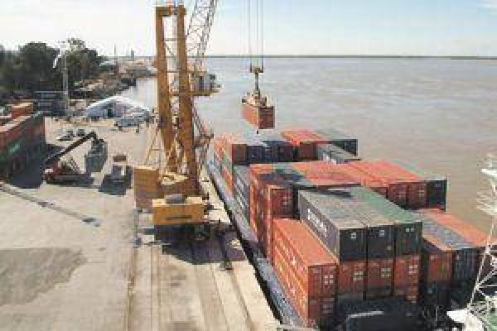 Portuarios inician paro en diferentes terminales
