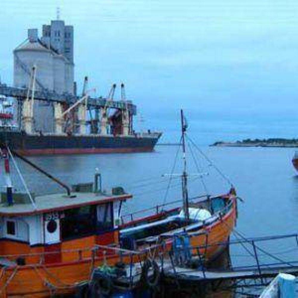 Se levantó el paro en puertos bonaerenses y hacen huelga en la terminal naval porteña