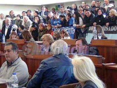 Tres de Febrero: Sesión entre escraches y graves denuncias de corrupción