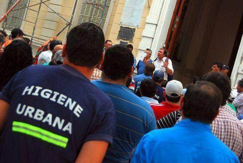El sindicato municipal expulsó al delegado que lideró el paro de actividades en abril
