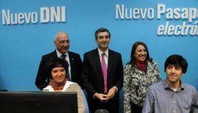 Inauguraron en Rosario un nuevo centro de Documentación Rápida