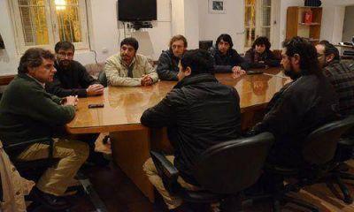 """Pulti se reunió con dirigentes de CTA por los incidentes en """"Todo Tartas"""""""