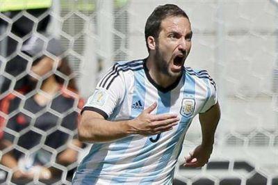 La corazonada que Maxi Rodríguez le dijo a Gonzalo Higuaín y que terminó con un estigma
