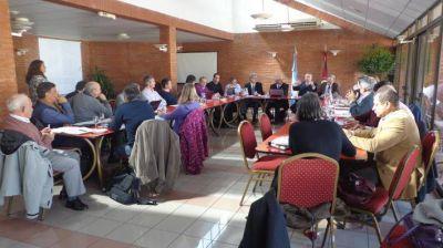 Provincias argentinas se solidarizan con inundados del Litoral
