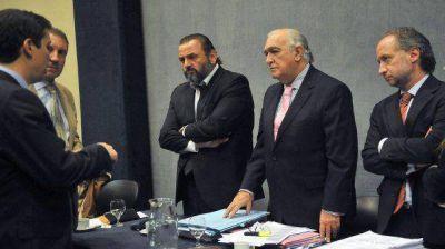 El tribunal que enjuicia a Campagnoli definir� este lunes el futuro del jury contra el fiscal