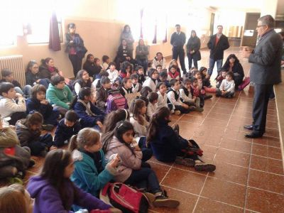 Normal Mixta: padres presentaron un recurso de amparo y dar�n clases en lugar de los docentes