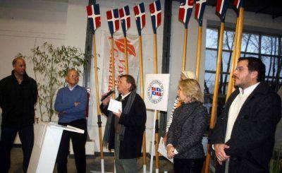 Inauguraron muestra de la gesta histórica de remeros del Club Náutico
