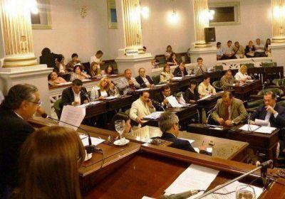 Diputados sesiona este martes a las 10 horas con un amplio temario