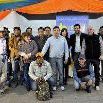 Pampa del Indio: Pusieron en marcha 120 viviendas y entregaron títulos de propiedad