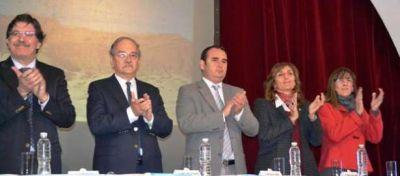 Sileoni presentó en Resistencia el Índice de Mejora de la Educación Secundaria Argentina (IMESA)