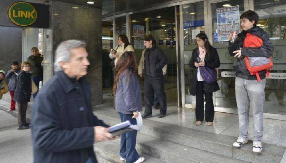 La Bancaria ratificó la huelga y no acatará la conciliación