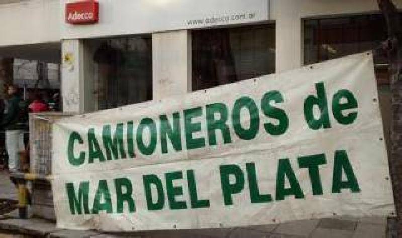 Mar del Plata: Camioneros protestan por despidos en empresa Tasa Logística