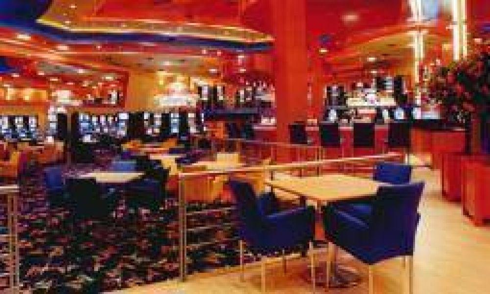 Los trabajadores del Casino Club reclaman indemnizaciones