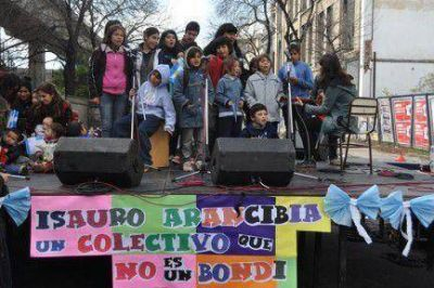 Festival estudiantil contra proyecto de Metrob�s en Paseo Col�n