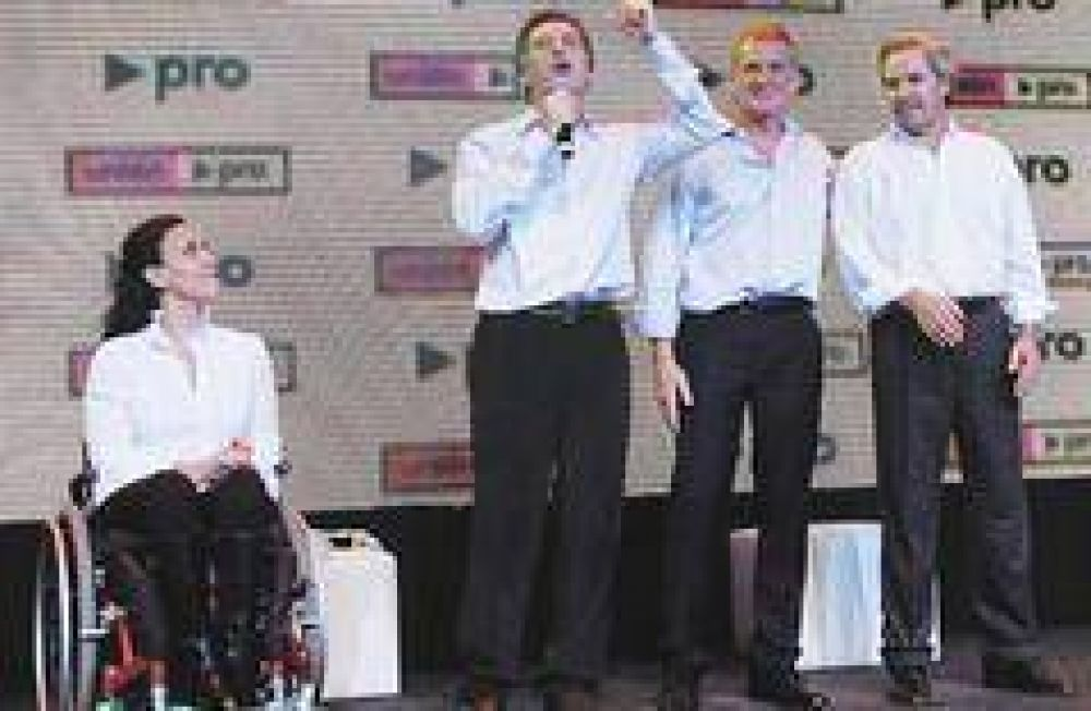 Con los resultados en la mano, Macri se anotó en la carrera a 2011 y llamó al PJ