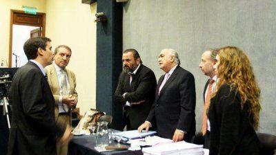 Cerrada defensa del jury a Campagnoli al presidente del tribunal