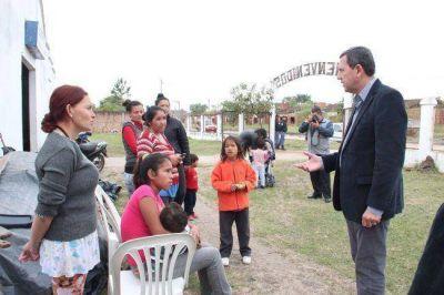 Villalba con familias reubicadas tras la crecida del río Paraguay