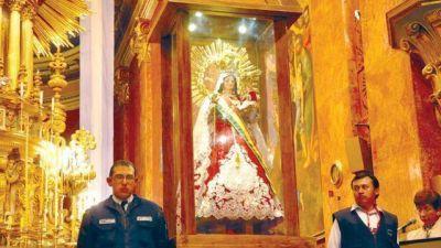 Tras 7 días de visita, la Virgen de Urkupiña regresa a Quillacollo