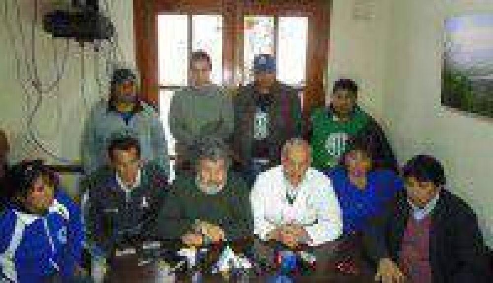 La Intersindical presentó pedido de audiencia al Gobierno