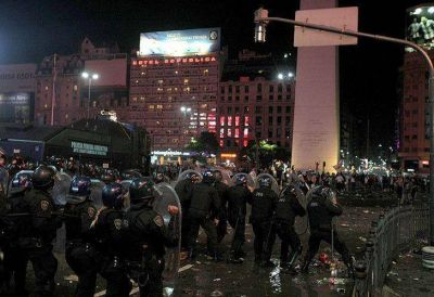 Ciudad y Nación se cruzan por los incidentes en el Obelisco