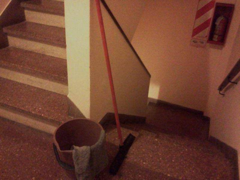 Consorcio de edificio debió hacerse cargo del despido de un trabajador de limpieza