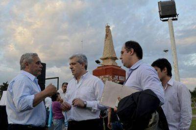 Autoridades municipales inauguraron las obras de restauración del Monumento de la Virgen de Itatí