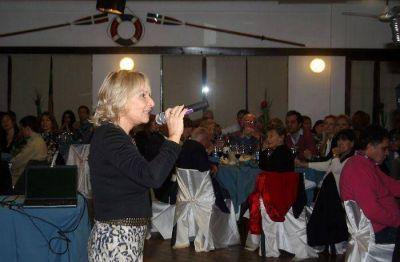 Merecido homenaje a remeros del Nautico a 60 a�os de la gesta deportiva en Alemania