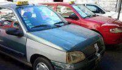 La Cámara de Transporte, UTA y peones de taxis exigen mayores controles al tráfico ilegal