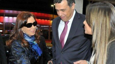 Cristina llegó a Brasil para estrechar lazos entre los bloques Unasur y Brics
