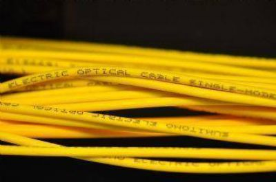 Se realizó la apertura de cinco licitaciones para nuevos tendidos de fibra óptica