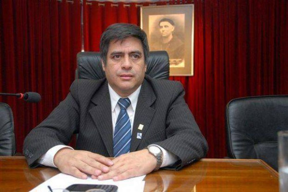 Rivera reemplazó 40 cargos del FV con barrionuevistas