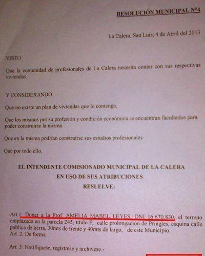 """Ex intendenta de La Calera, y actual senadora, reconoció haberse """"autodonado"""" un terreno municipal"""