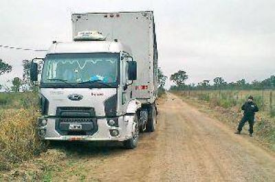 Peligrosa banda de piratas del asfalto robó camiones con carga millonaria