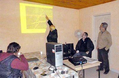Concretaron una reuni�n informativa con vecinos y productores rurales sobre la traza de la autopista