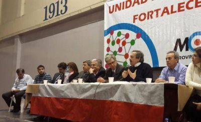 Alfonsín ya se mueve como candidato