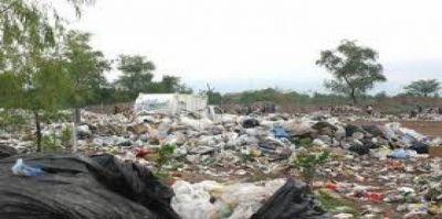 Por ley quienes tiren basura en la vía pública deberán pagar multas más caras