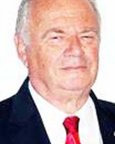 El gobernador del Distrito 4855, Osvaldo Ferrara, visita el Rotary Club de Bragado