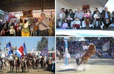 Con una gran convocatoria se realizó el Festival de Doma y Folclore