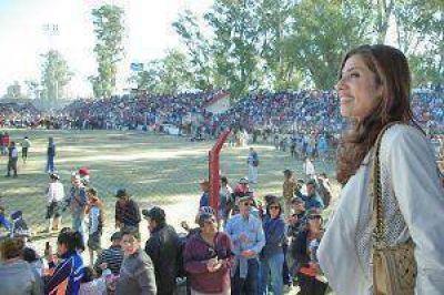 La gobernadora resaltó la participación de santiagueños y turistas en la doma