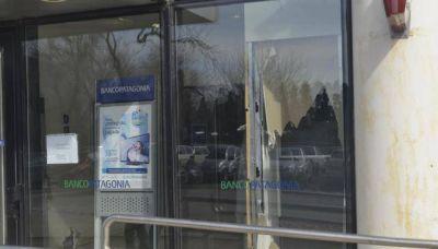 Alerta por las bandas que roban cajeros automáticos
