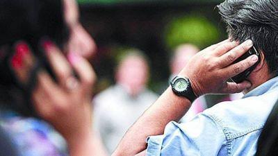 Idas y vueltas de una ley para regular las tarifas de la telefonía móvil
