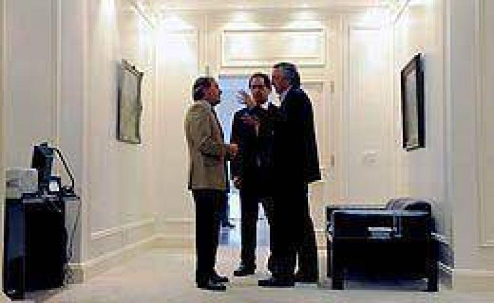 Scioli no asumirá su banca y Kirchner deja la presidencia del PJ