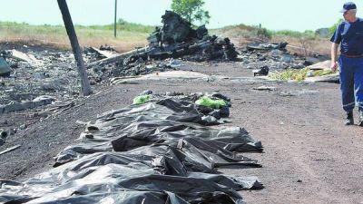 Ucrania: confinan restos de las víctimas en un tren refrigerado