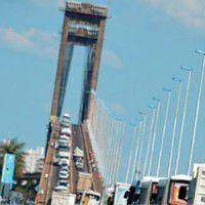 Puente General Belgrano: Aconsejan el uso de básculas para preservar su estado