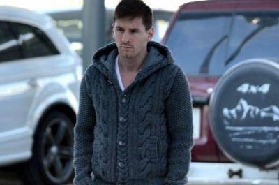 Messi viaj� a Barcelona pero no volver� a entrenar hasta agosto