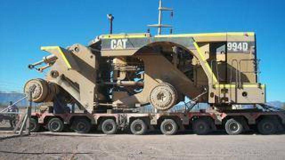 Ingresaron las primeras maquinarias destinadas a las tareas de exploración del yacimiento Bajo El Durazno