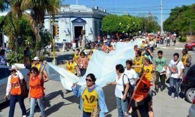 Gremios locales rechazar cesantía a policías por reclamar salarios