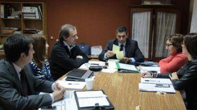 """Llevaron a cabo una reunión de trabajo en el Policlínico Regional """"Juan Domingo Perón"""""""
